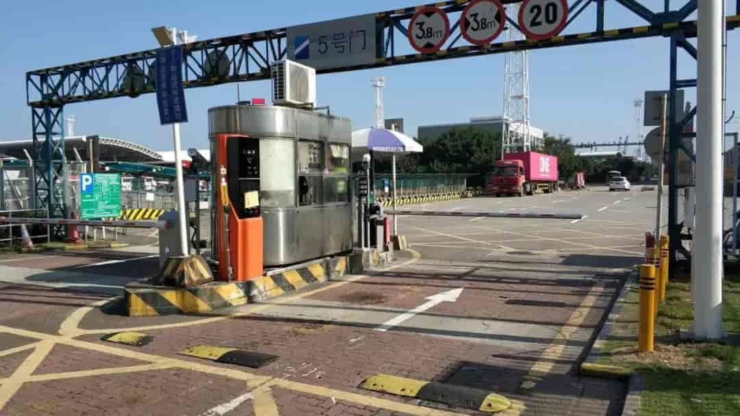 [永昌城科技案例] 永昌城科技道闸驻守深圳盐田港